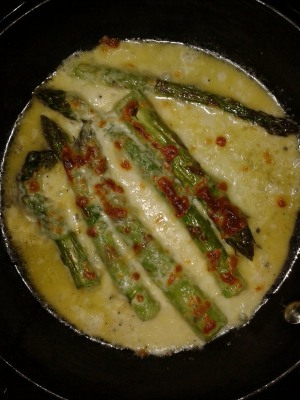 Asparagus and mozarella